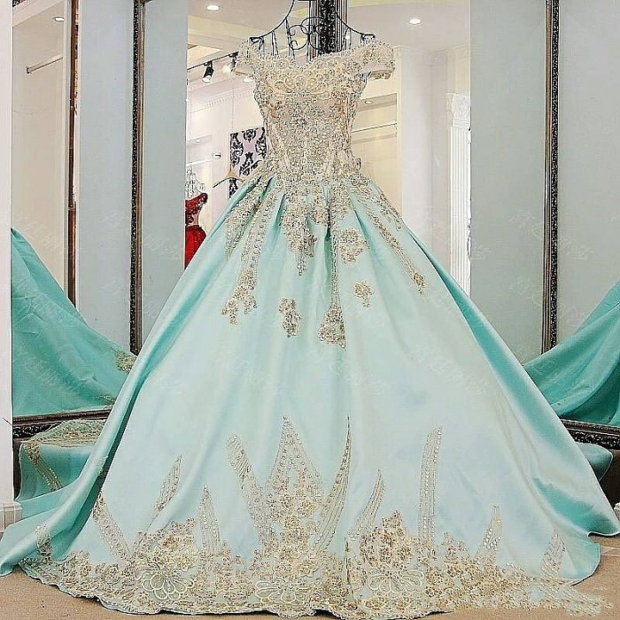 Gaun Pengantin Cantik Dan Mewah