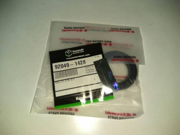 harga Seal tromol roda belakang kawasaki ninja r Tokopedia.com