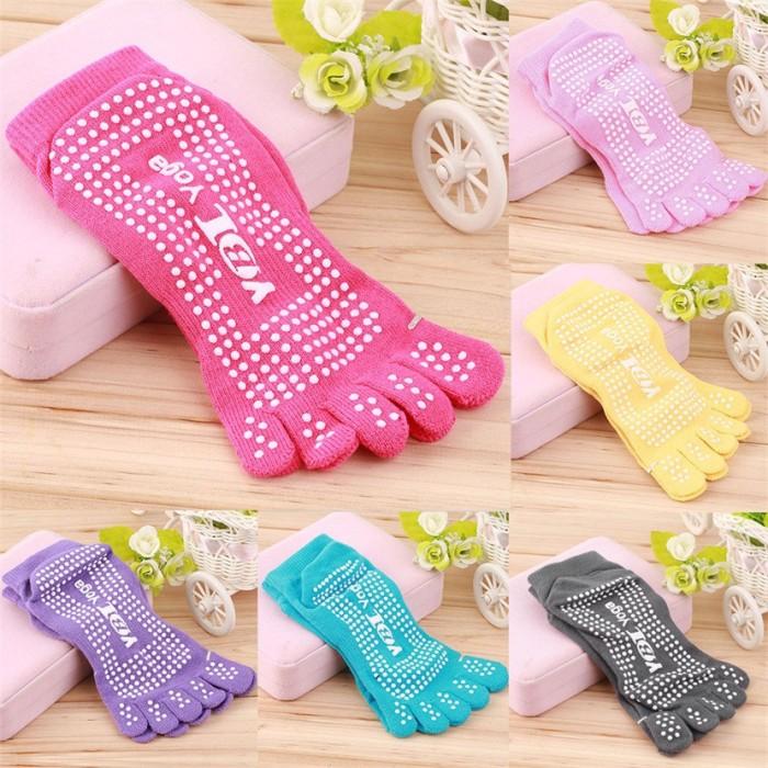 harga Yoga socks / kaos kaki yoga / yoga / pilates /merk  yobi yoga Tokopedia.com