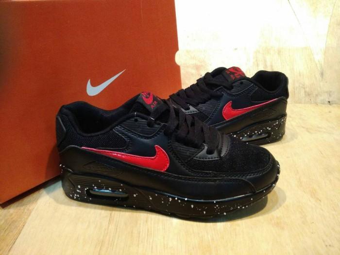 Jual SEPATU OLAH RAGA WANITA NIKE AIR MAX 90 OREO WOMEN BLACK RED DKI Jakarta riqi 82 shoes | Tokopedia