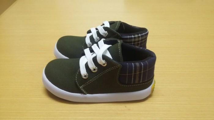 harga Sepatu anak laki-laki semi boots warna hijau army trendy kekinian Tokopedia.com