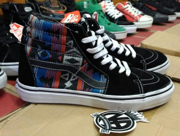 f5693c88e2 Jual Sepatu Vans SK8 Skate Hi High Motif Inca Tribal Original ...