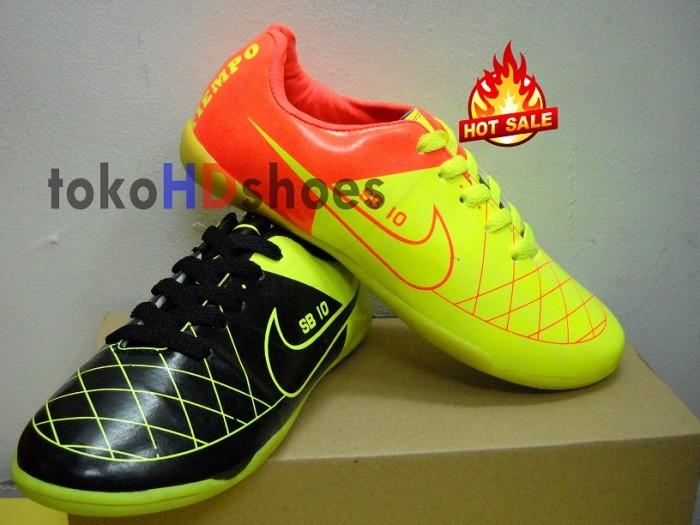 Sepatu futsal junior(anak) nike clasic edition tiempo