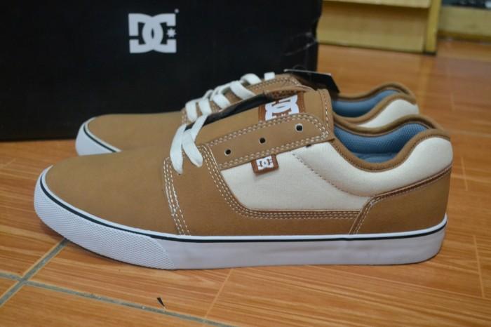 Jual Sepatu Dc Tonik SE M Shoe Off White Size 10   43 ORIGINAL 100 ... 8b24dbfa16