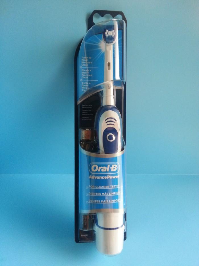 Jual Sikat Gigi Elektrik - Oral-B Advance Power 400 DB4010 Battery ... 3e2234059b