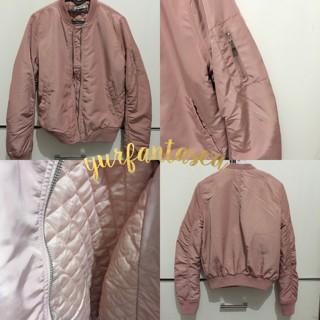 Jual Bomber Jacket Baby Pink - YURFANTASEA | Tokopedia