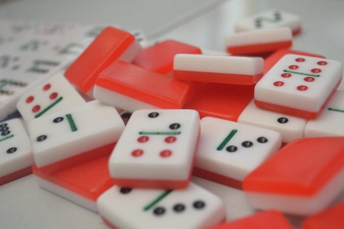 Hasil gambar untuk domino