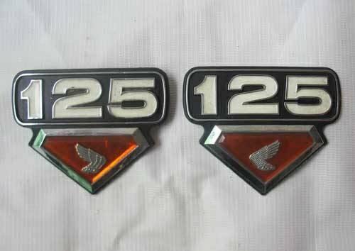 harga Emblem bok aki twin 125 Tokopedia.com