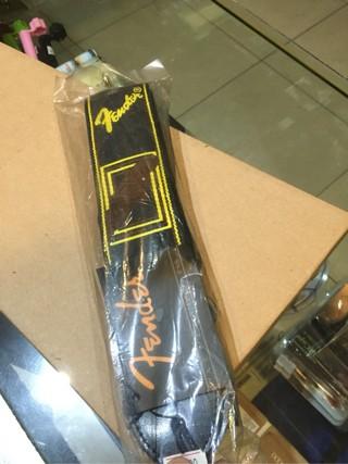 harga Strap tali gitar/bass fender monogram cokelat Tokopedia.com