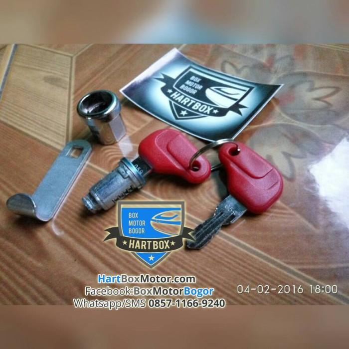 harga Sparepart Aksesoris Set Rumah Kunci Box Motor Atas Top Box Kmi Tokopedia.com