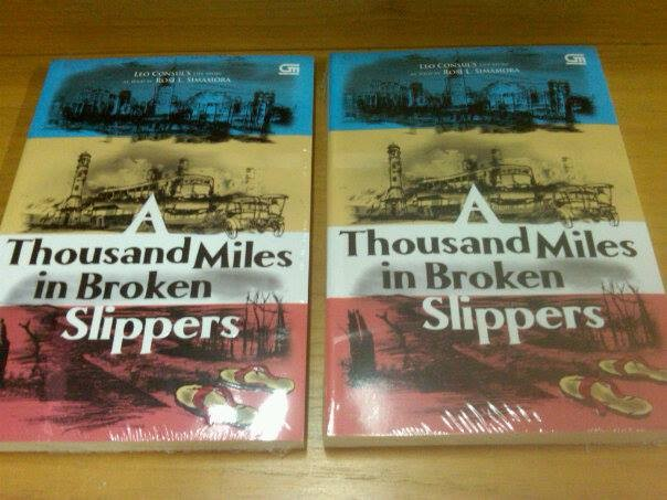 harga A thousand miles in broken slippers - rosi l. simamora Tokopedia.com