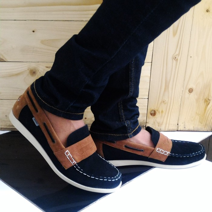 harga Sepatu suede loafer black Tokopedia.com