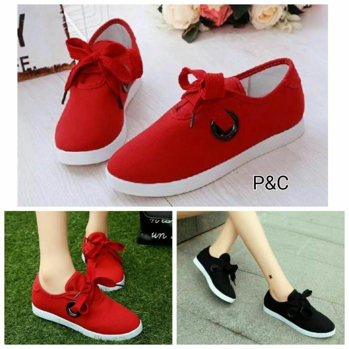 Sepatu Kets Wanita Casual Tali Pita Hitam dan Merah Supplier Sepatu