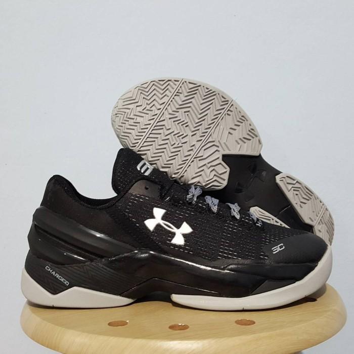 Sepatu Basket Under Armour - Daftar Harga Terbaru   Terlengkap Indonesia 46c594768d