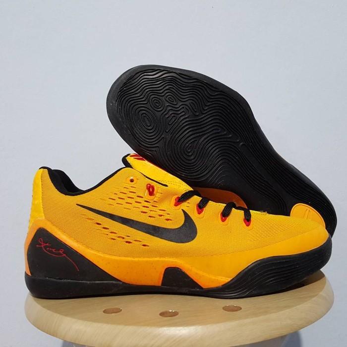 sepatu basket nike ori