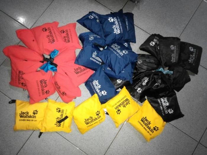 harga Raincover/bagcover jack wolfskin untuk tas ransel/daypack 20l, 30l,35l Tokopedia.com