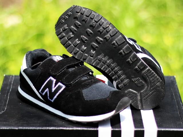 Jual Sepatu Anak New Balance Kids Hitam Putih (sepatu terbaru cd2fb73a42