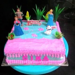 Jual Kue Ulang Tahun Frozen Jakarta Barat Yudha Cake N Cookies Tokopedia