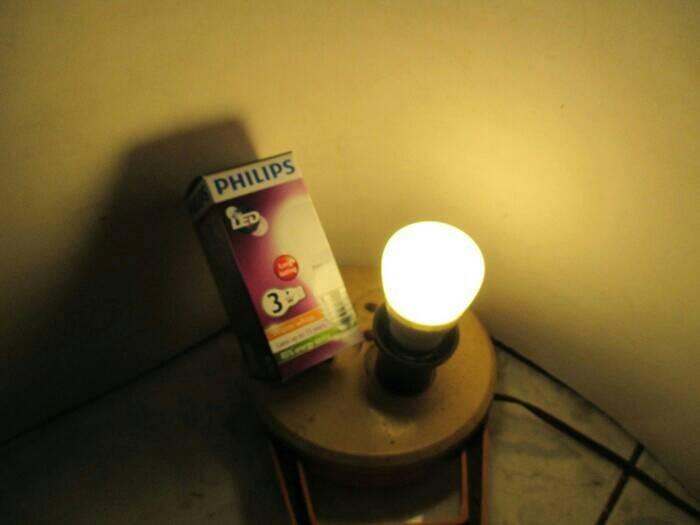 Jual Bohlam Lampu Philips LED Bulb 3 Watt Kuning