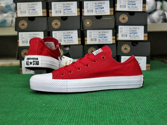 8e2512728ec4 Jual Sepatu Converse Chuck Taylor Grade Ori Vietnam Merah Unisex ...