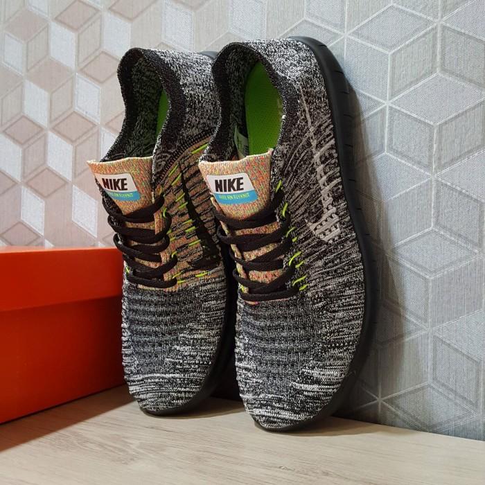 d3268c036a18 Jual Sepatu Lari (Running) Wanita Pria Nike Free Run Flyknit