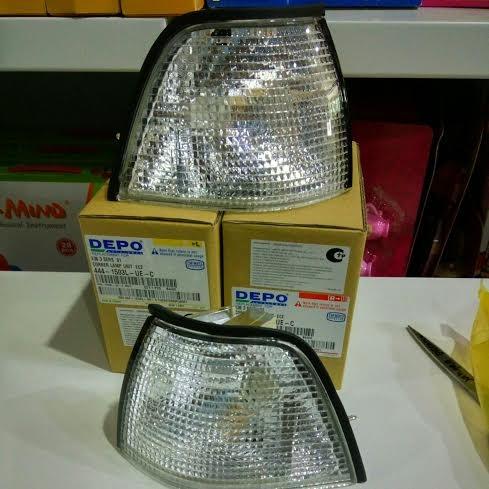 harga 444-1503-ue-c front corner lamp bmw 3 series e36 4d 1991 (clear) Tokopedia.com
