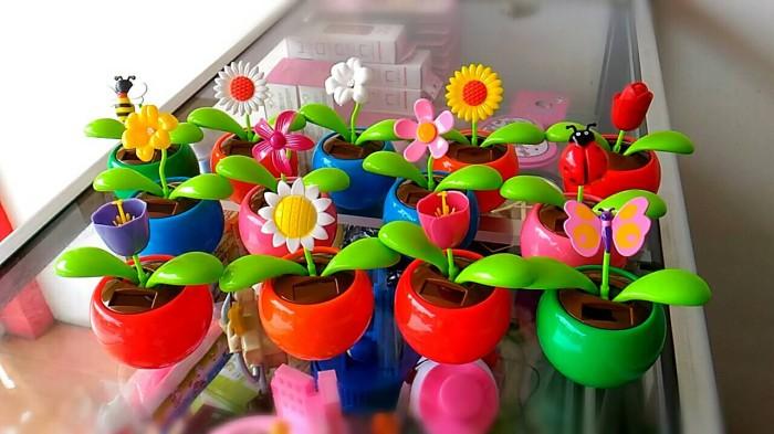 harga Flower plant vs zombie solar toys dashboard mobil Tokopedia.com