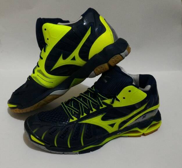 Jual Sepatu Voli Mizuno Wave Tornado 10 Mid Olahraga Volly - orgin ... c56952fe28