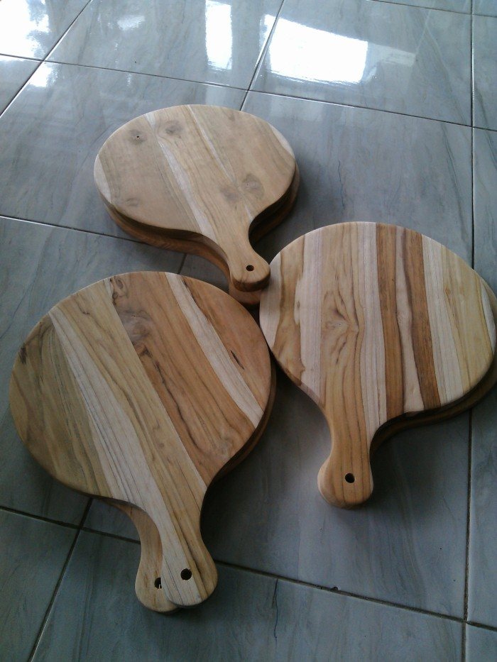 harga Talenan kayu jati 415 x 30cm / wooden cutting board / talenan pizza Tokopedia.com