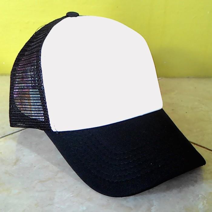 Jual Topi Trucker Polos Warna Hitam Putih - Xnowball Custom Apparel ... 5afff8b960