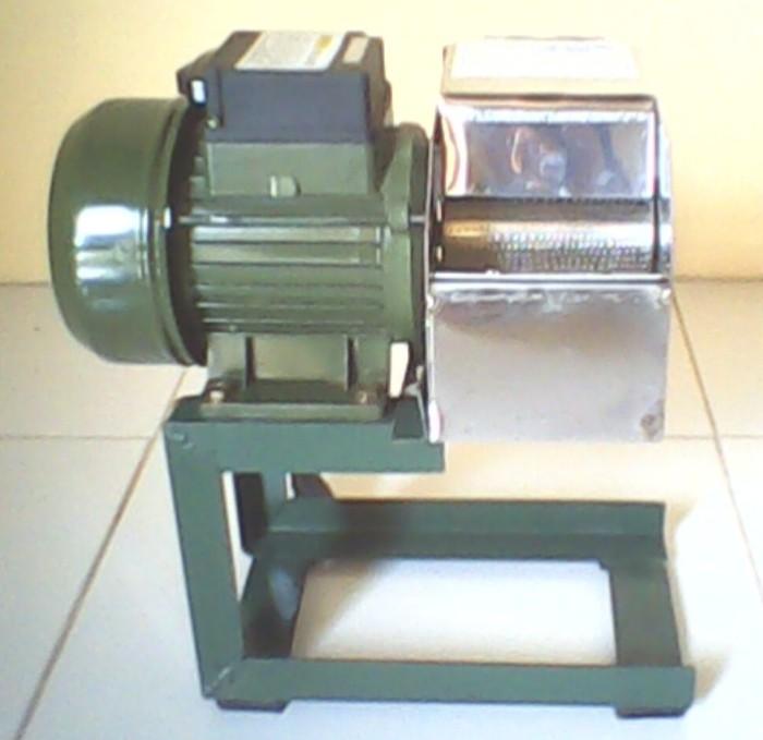 Mesin Parut Kelapa/SIngkong Listrik Mini Serbaguna