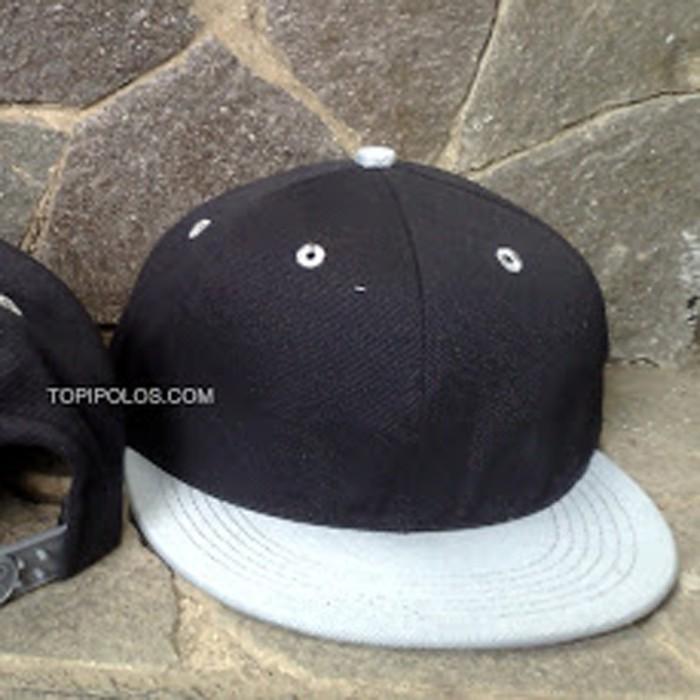 Jual topi snapback hiphop polos harga grosir hitam abu dan abu hitam ... b543eb4836