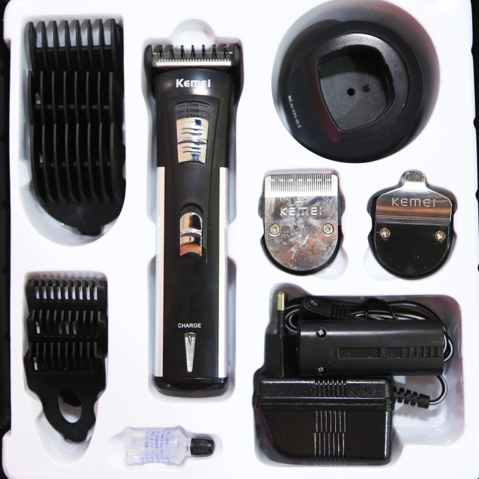 Jual Kemei Alat Cukur Rambut Re Charge Hair Clipper Km-3006 Paling ... 5a2a2674a3