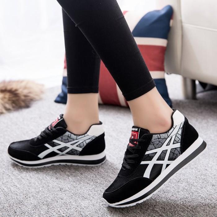 Jual Sepatu Keren Terlaris dan Fashion   Sepatu Wanita - Safa Grosir ... aa43843034