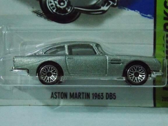 Jual Aston Martin James Bond Series Kota Bandung Bigg Diecast Car Tokopedia