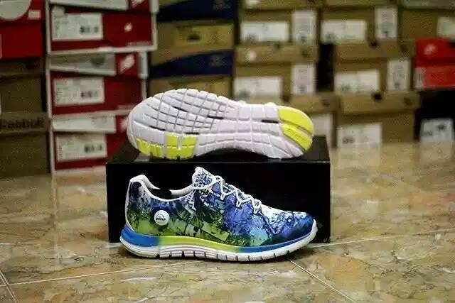 Sepatu Running reebok zpump fusion splash blue white 1000 % Original d1c419f91d