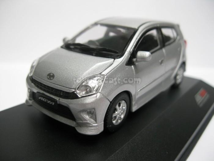 harga Toyota agya silver (diecast miniatur mobil 1/43 rims) Tokopedia.com
