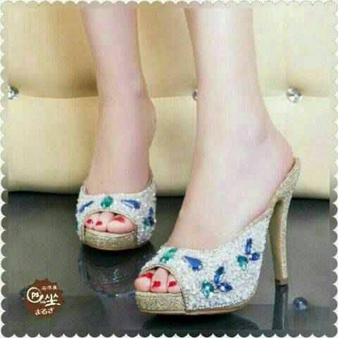 Jual Heels selop cantik silver supplier sepatu wanita murah - oke ... 84042513e9