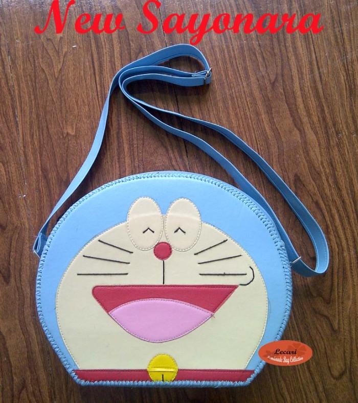 Foto Produk Tas Karakter Doraemon Lucu / Tas Anak wanita Unik /Tas Handmade Simple dari Bunda Varo Collections