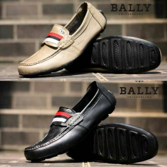 harga Sepatu casual slip on bally moccasin kulit Tokopedia.com