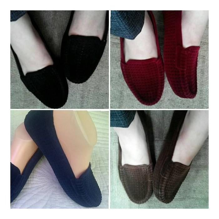 Jelly Shoes Flat Beludru / Sepatu Murah / Sepatu Cantik