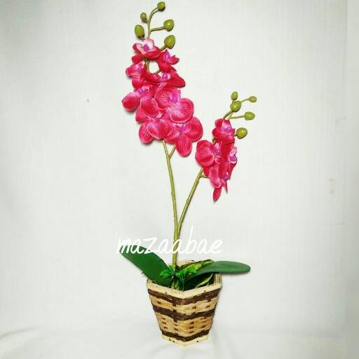 Buket anggrek merah artificial dan vas cantik