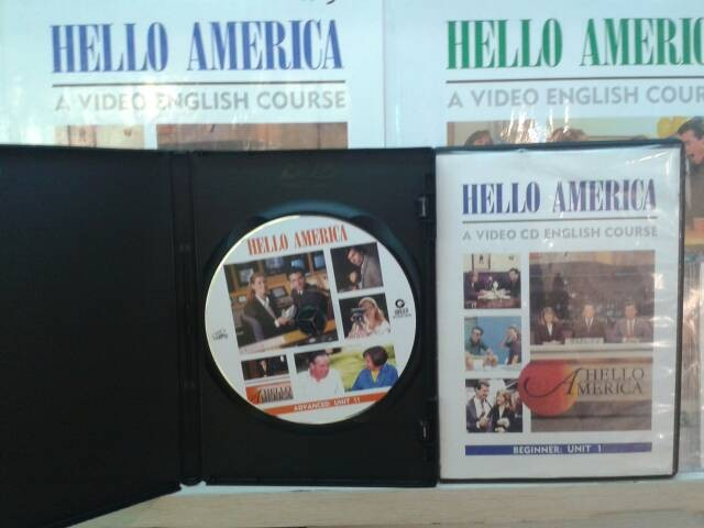 harga Paket buku hello america grolier - 12+12vcd+48cd audio Tokopedia.com
