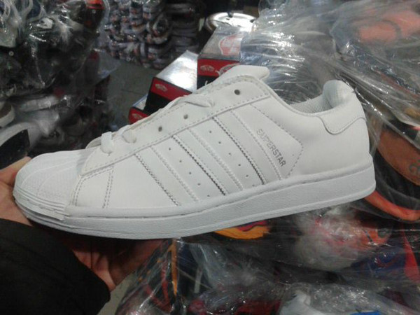 harga adidas superstar full color