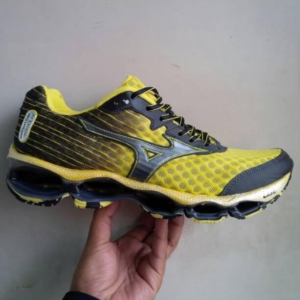 Jual Sepatu Olahraga Voli Volley Mizuno Wave Prophecy 4 Import ... 2ccfdac7b6