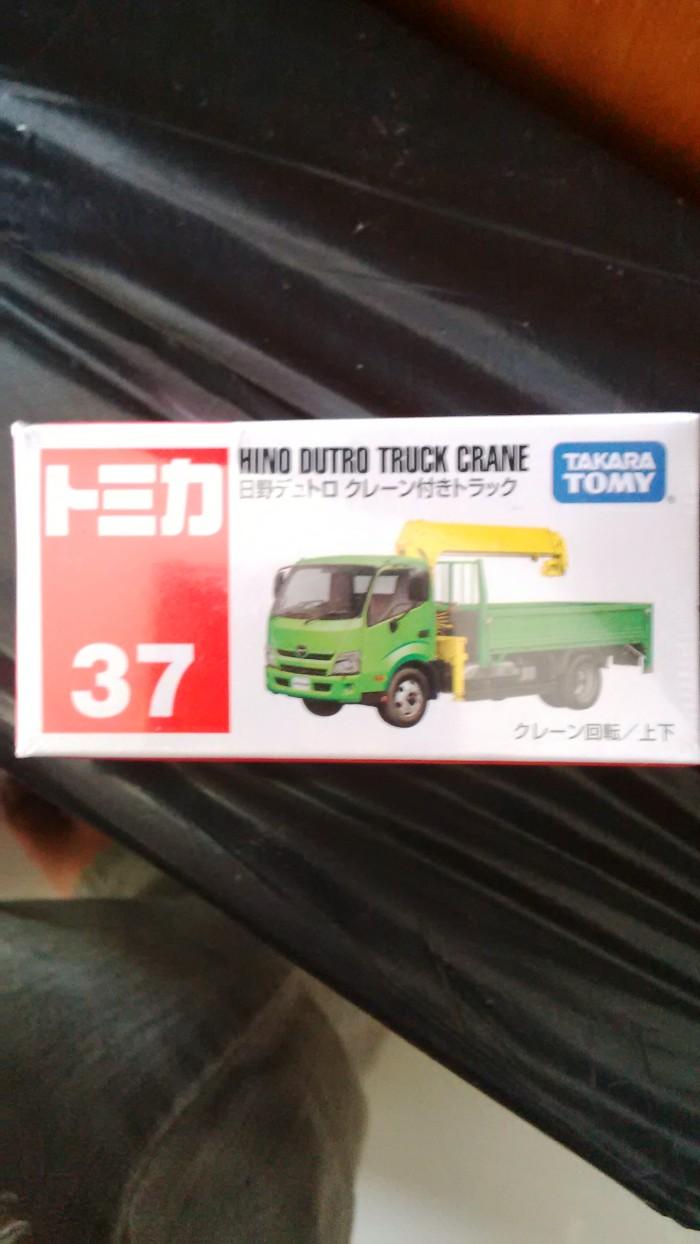 harga Hino dutro truck crane no 37 takara tomy new Tokopedia.com