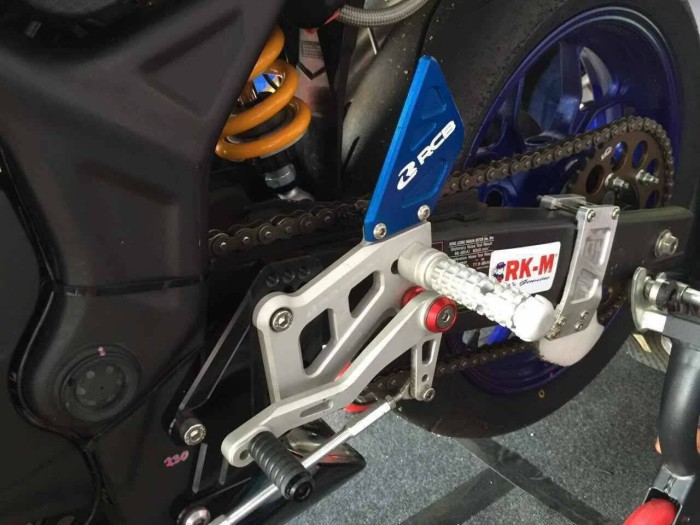harga Footstep underbone yamaha r25 / r3 racing boy Tokopedia.com