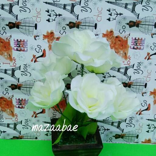 harga Buket bunga artificial dan vas kayu cantik Tokopedia.com