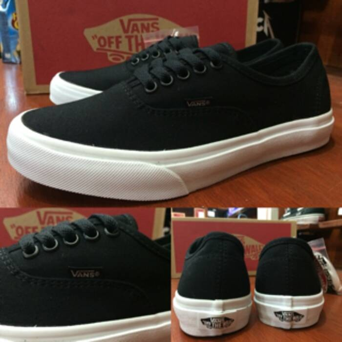 Jual Sepatu Vans Authentic Mono Black Original Premium Quality BNIB ... 8904250d0b