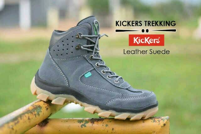 harga Sepatu safety boot pria kickers trekking leather suede grey Tokopedia.com